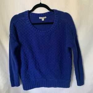 American eagle long sleeve knit sweater